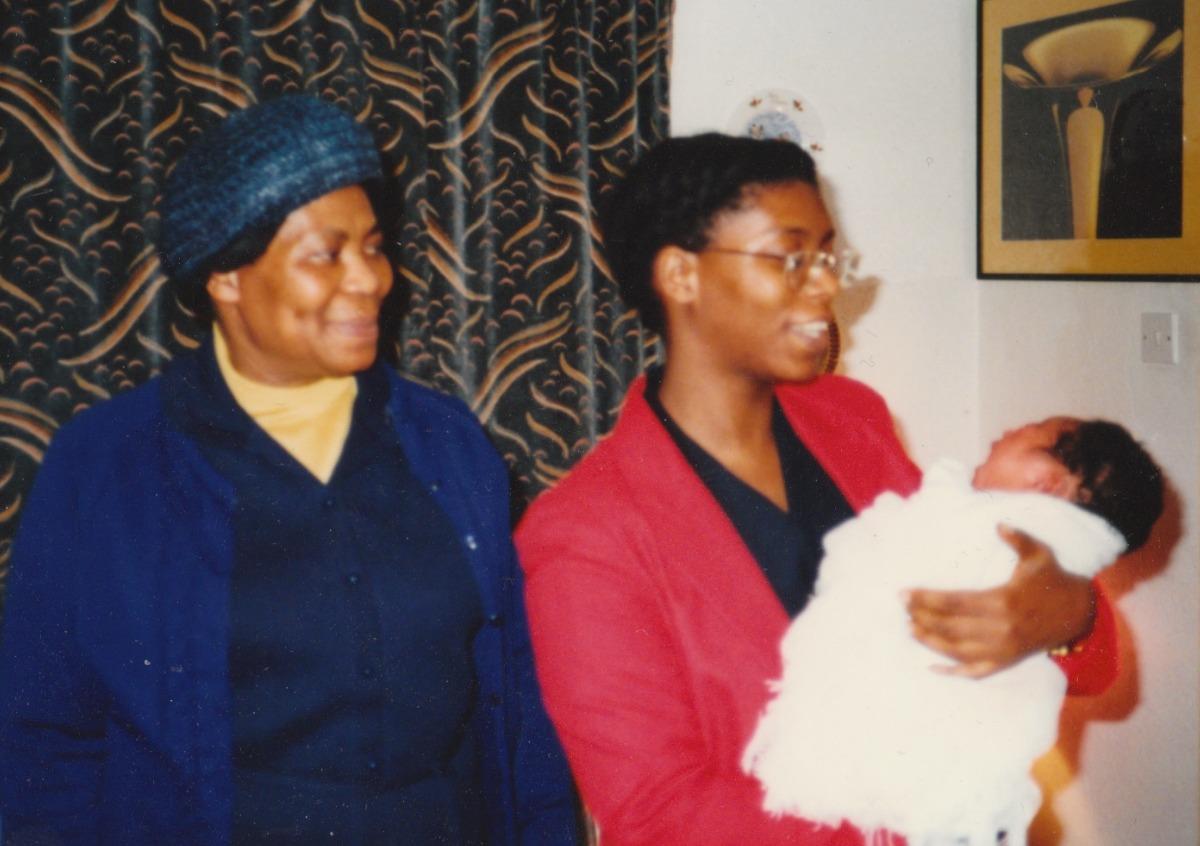 Grandma w/ Eula-lee & Baby Nicole