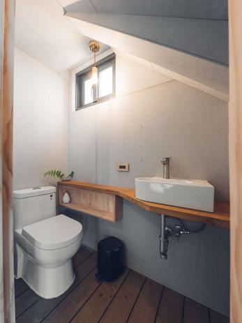 27三角鐵茶屋廁所設計.jpg