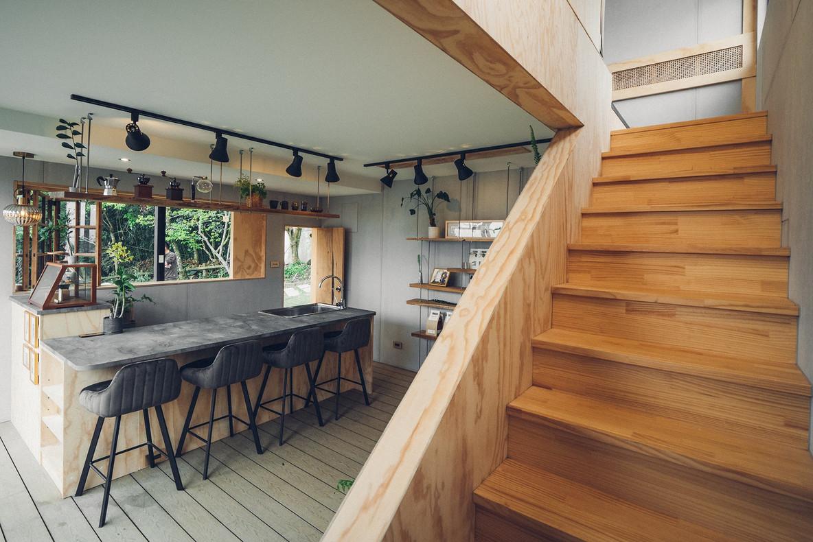 29三角鐵茶屋樓梯間設計.jpg