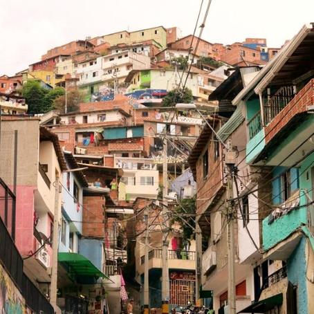 Las palabras vuelan en Colombia
