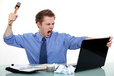 man smashing computer    COLOURBOX811897