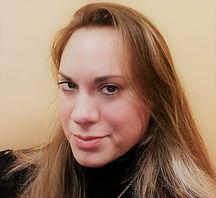Christine Santacroce Headshot 2.jpg