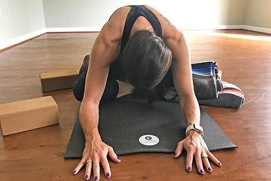 Yoga-Pose-Schedule-1900.jpg
