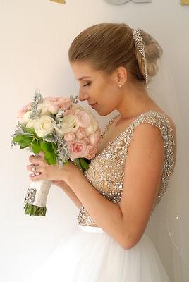 bridal bouquet by Efflorescence Events