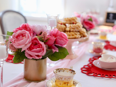 How to Host the Perfect Valentine's Day Party
