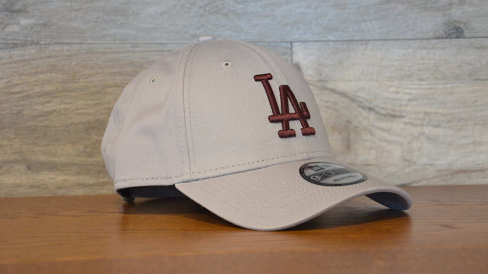 Cappellino NewEra 9FORTY 940 essential Los Angeles Dodgers Gray
