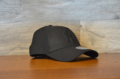 Cappellino NewEra 9FORTY Mono Team Color New York Yankees black