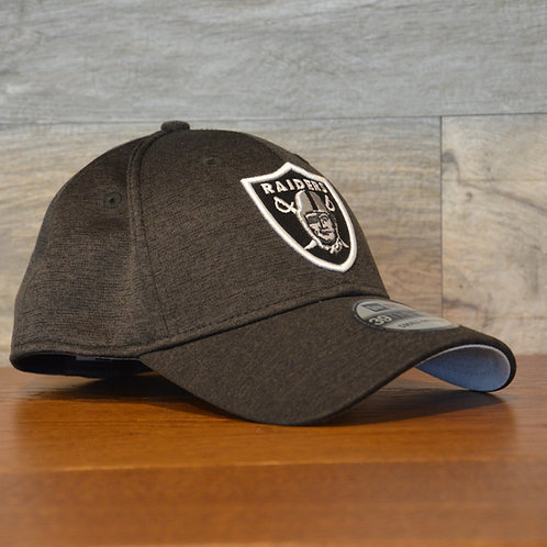 Cappellino NewEra 39THIRTY Shadowtech Las Vegas Raiders