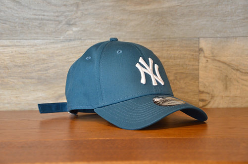 Cappellino NewEra 9FORTY 940 essential New York Yankees blue