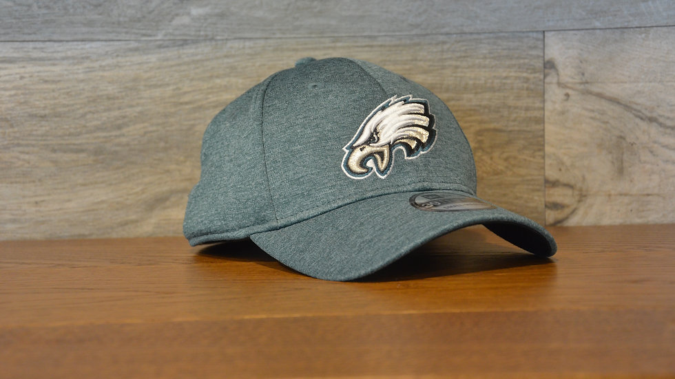 Cappellino NewEra 39THIRTY Shadowtech Philadelphia Eagles