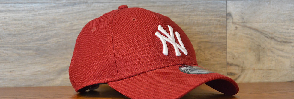 Cappellino NewEra 9FORTY Diamond era r New York Yankees Red