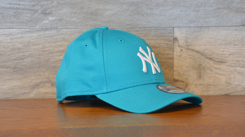 Cappellino NewEra 9FORTY 940 essential New York Yankees lightblue/white