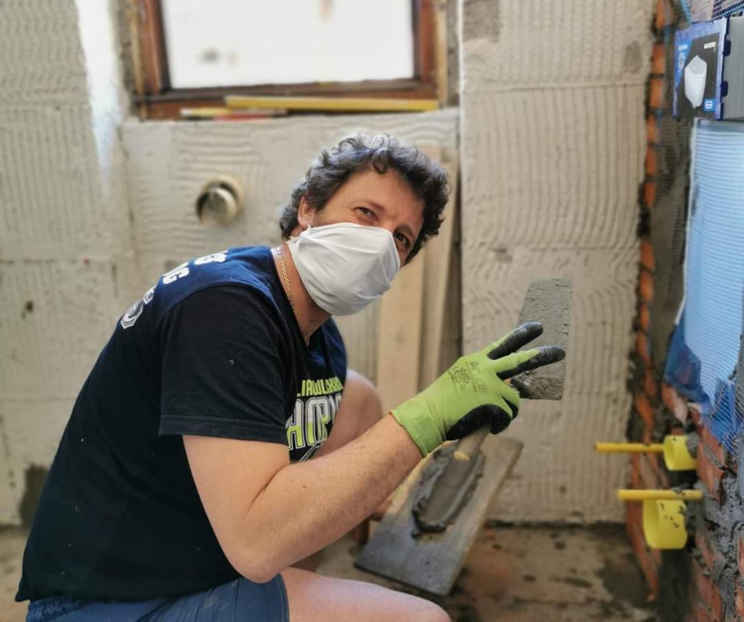 Il nostro artigiano felice al lavoro!