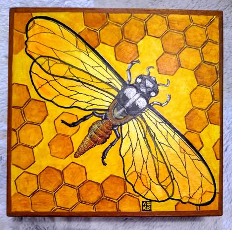 The Queen Bee Art Box