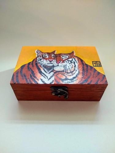 The Golden Pair Art Box