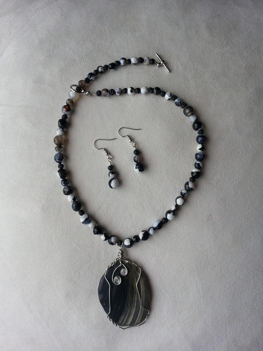 Nags Head Shell Jewelry Set