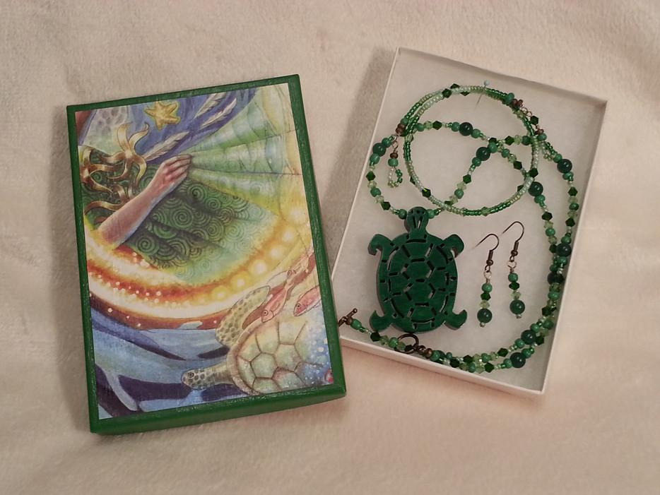 Journey to Emerald Island Jewelry Set