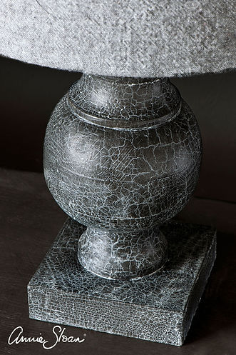 craquleur-white-wax-graphite-lamp-base-8