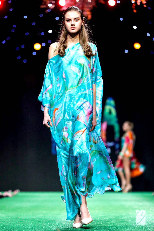 "SENA DESIGN Sofia Fashion Week 2017 | Spring|Summer 2017 ""SO VAIN ... SO WHAT!"" Collection"