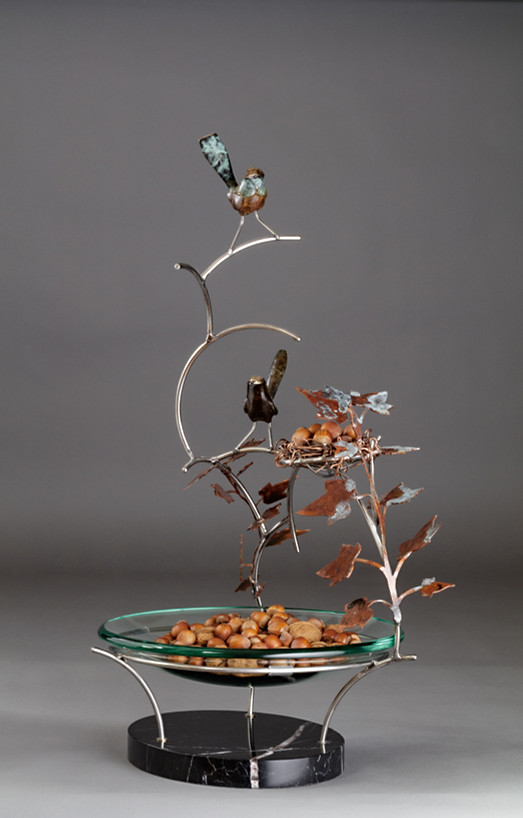 Wrens on a Bowl