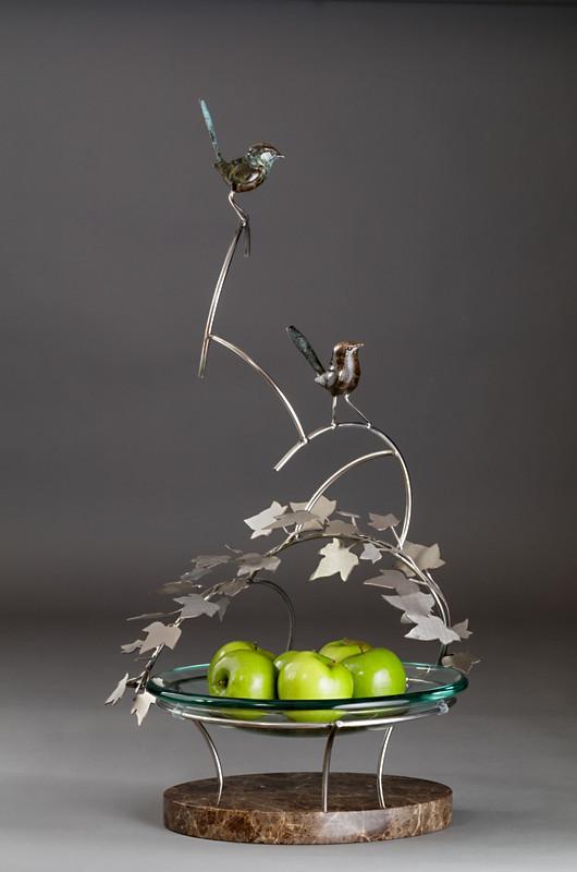 Fairy Wrens on a Fruit Bowl