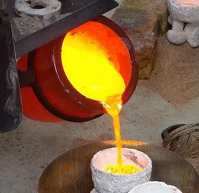 pouring bronze.jpg