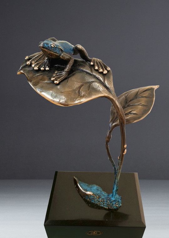 philly the frog bronze sculpture by Jake
