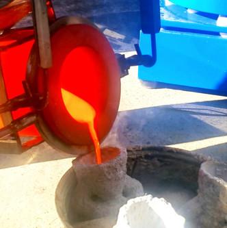 Pouring Bronze Jake Mikoda Artist