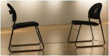 deux chaises.jpg
