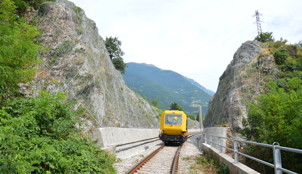 Consolidamento trincea ferroviaria - Vittorio Veneto (TV), 2016