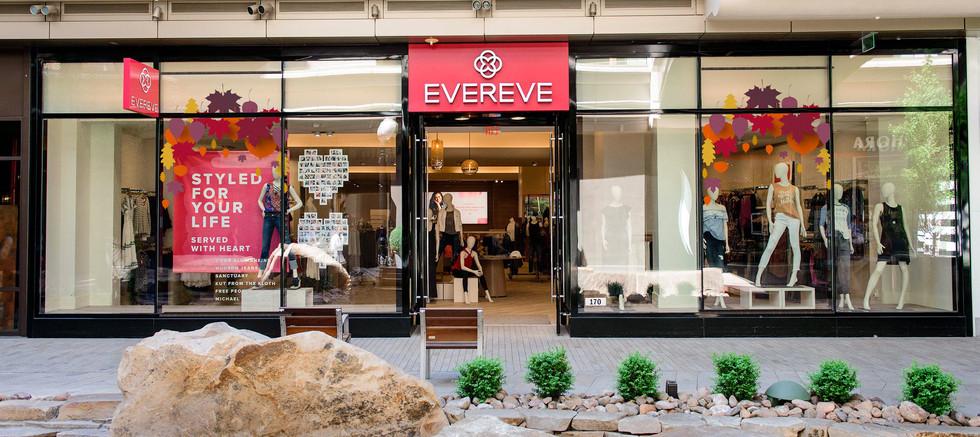 Evereve Storefront