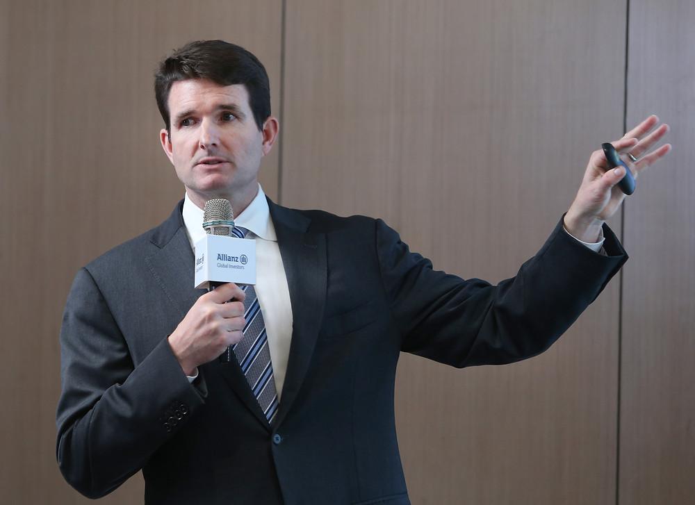 安聯收益成長投資策略首席傅道格(Doug Forsyth)