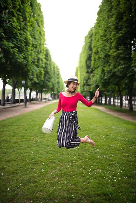 LA PARISIENNE - ALEX EN VOGUE
