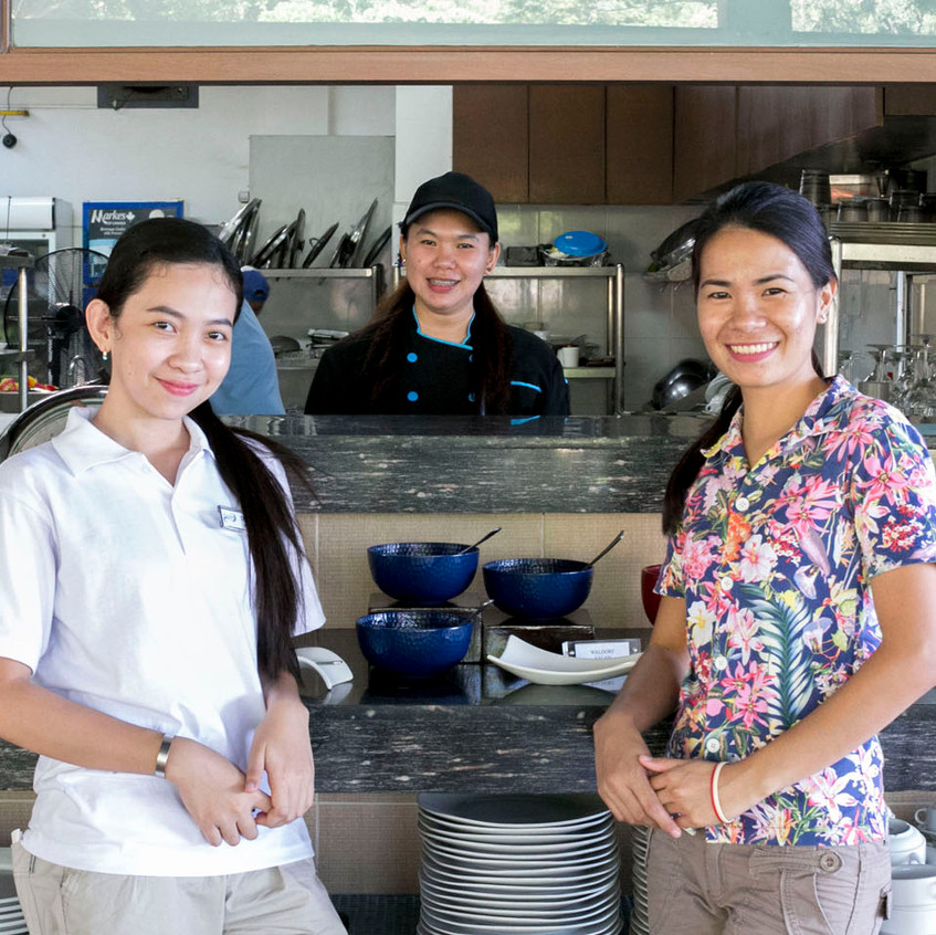 Wonderful kitchen and service crew of Aiyanar