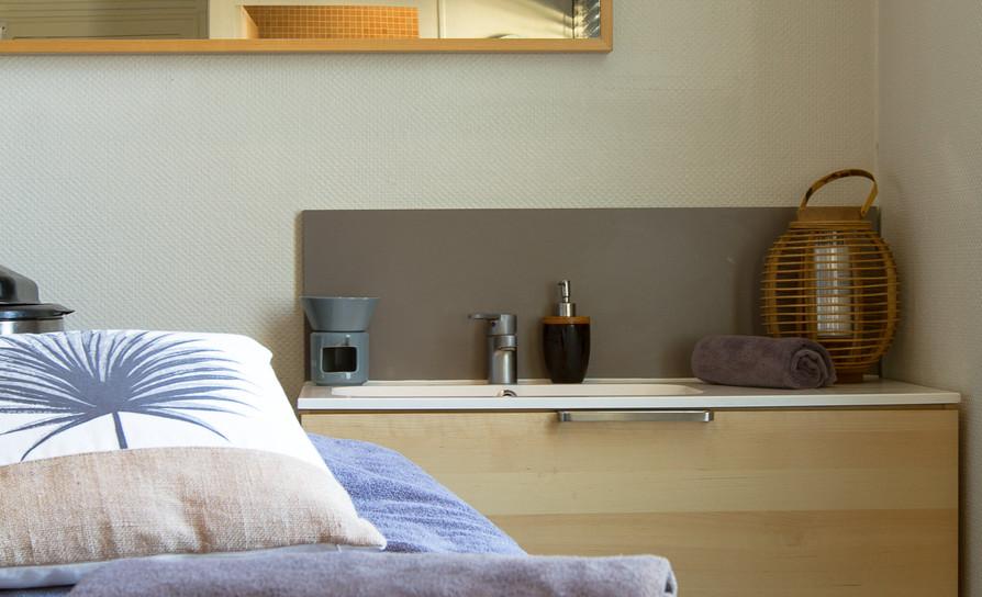 Cabine soin corps, massages, gommage et enveloppement, soins du corps