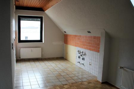 Memeler_Küche_v.JPG