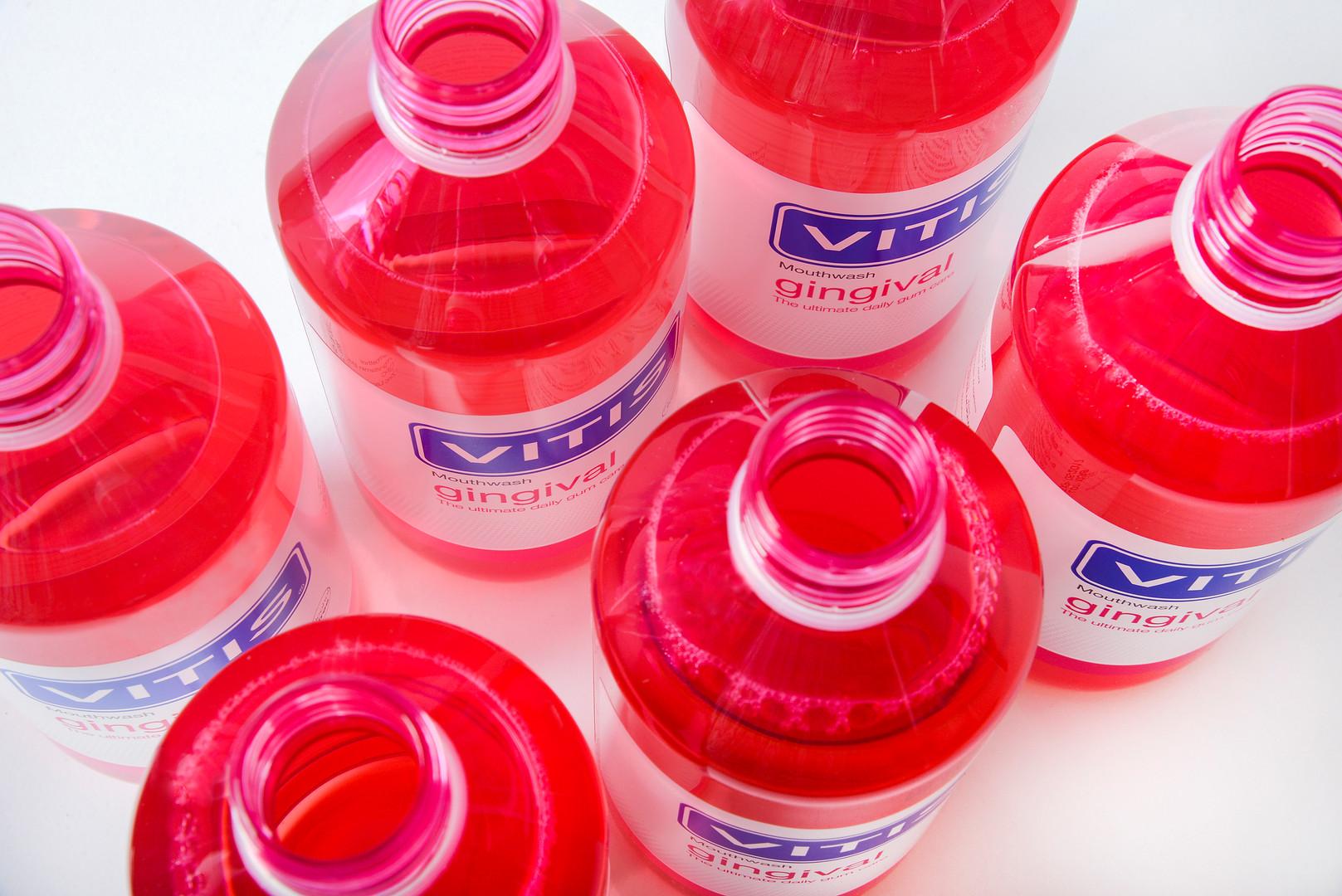 Vitis gingival mouthwash.jpg