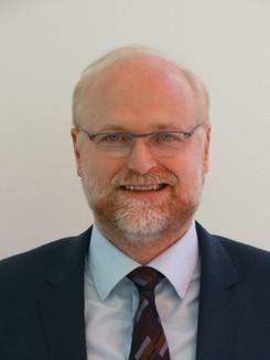 Dr. Alex Boehmer