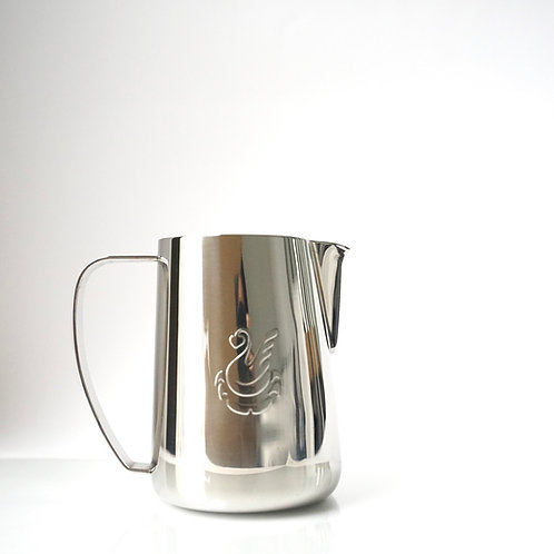 6 x Small jugs Steel (130$ RRP)