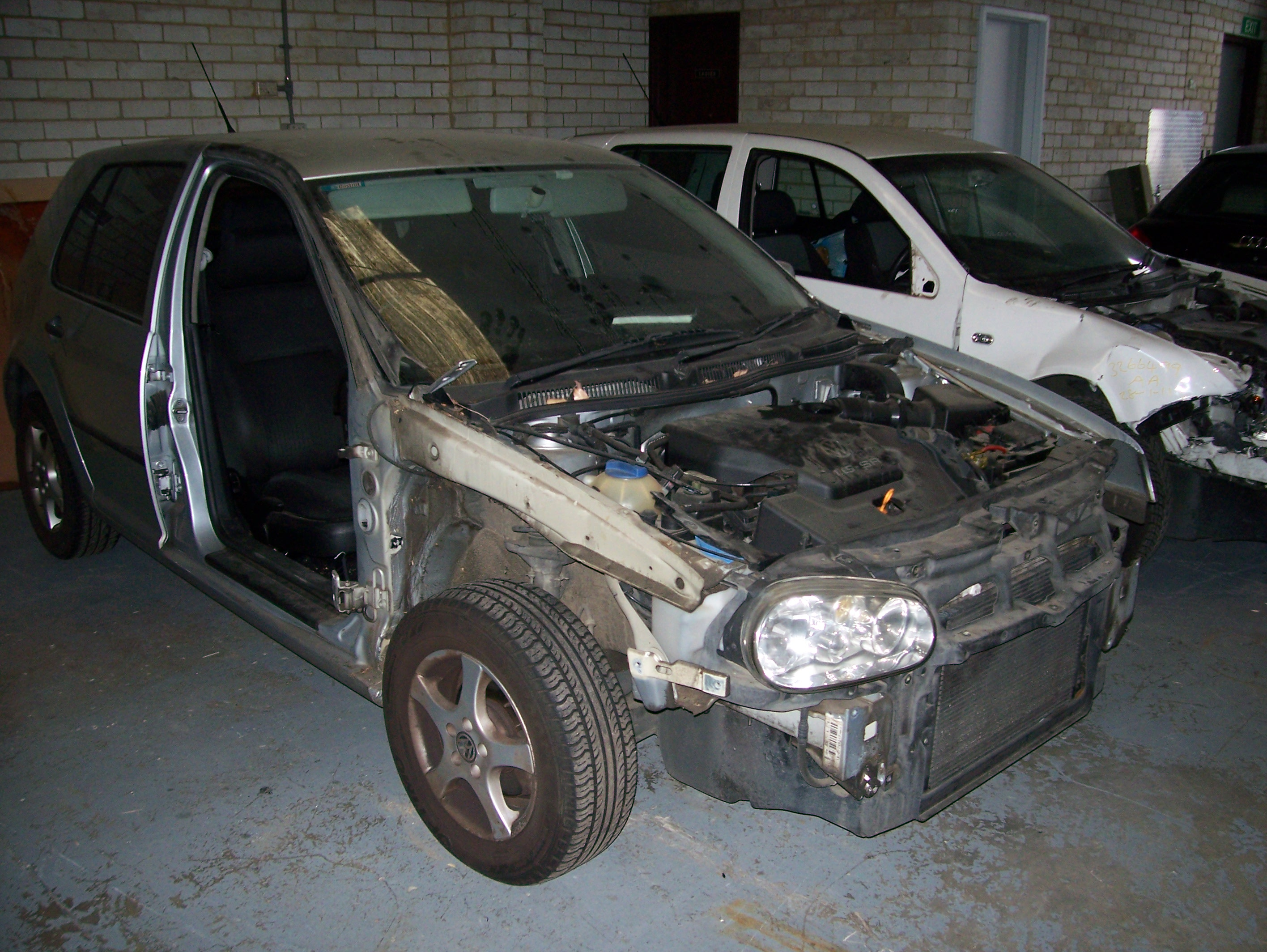 Volkswagen Golf4 All Parts Available