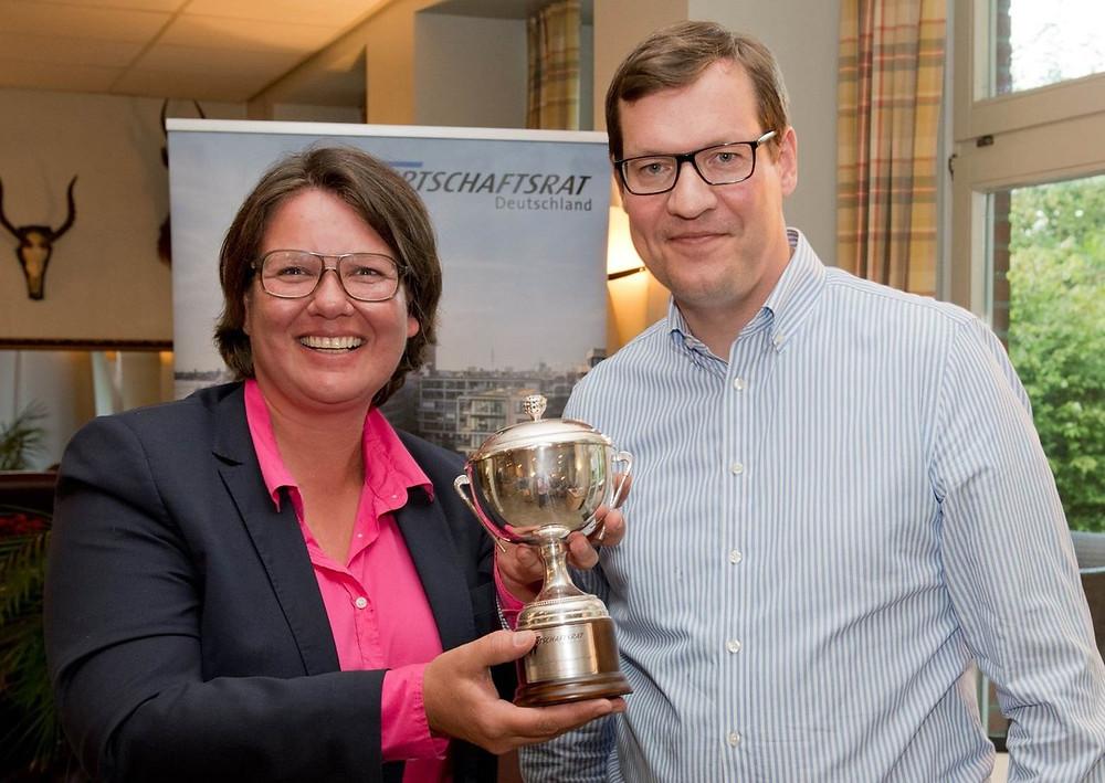 Golftunier Wirtschaftsrat Hamburg Deutschland Nachwuchsförderung Wirtschaft UMSATZSCHMIEDE Christine Witthöft Ausschuss Wachstum und Innovation