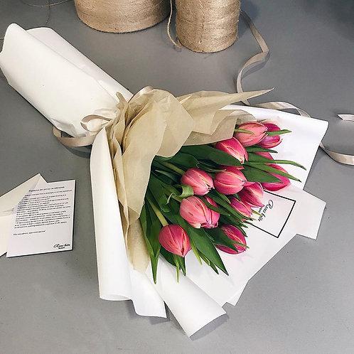Нарядные тюльпаны