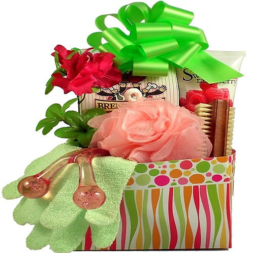 Pamper Spa Gift Box Filled With Pampering Gifts and Sweet Treat