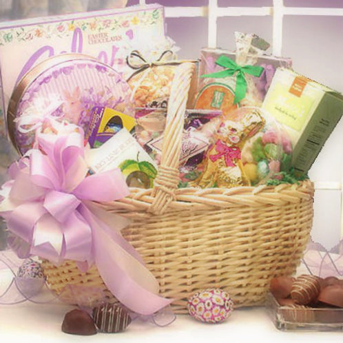 Deluxe Family Size Easter Basket, Beautiful!