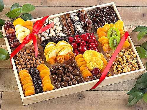 Ultimate Dried Fruit, Nuts & Chocolate Gift Platter