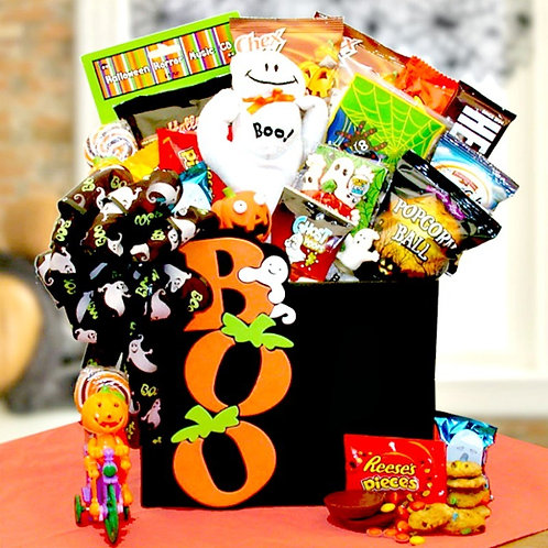 Terrifyingly Delicious Halloween Boo Gift Box
