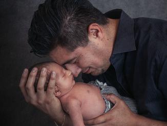 A Father's Love - Las Vegas Newborn Photographer