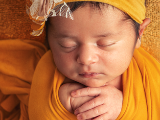 Yellow - Las Vegas Newborn Photographer