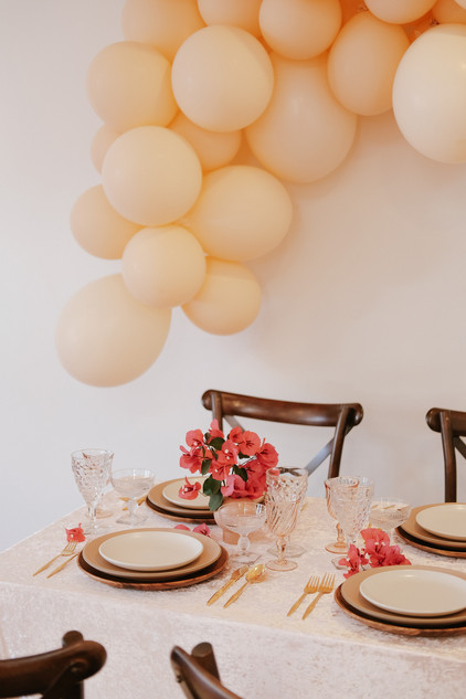 side angle balloon_tablescape.jpg
