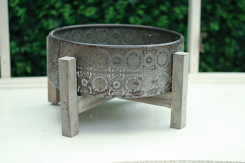 Flower Tin With Legs